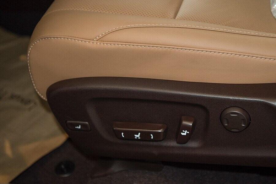 Ghế chỉnh điện