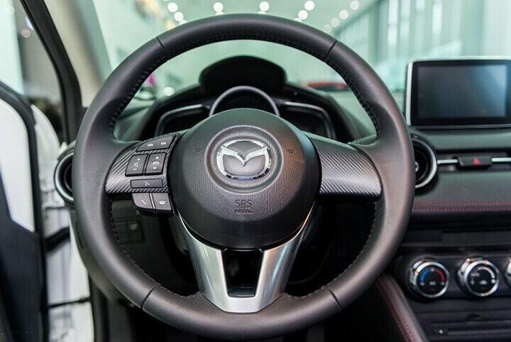 Nội thất Mazda 2 Hatchback 1.5L - Hình 5