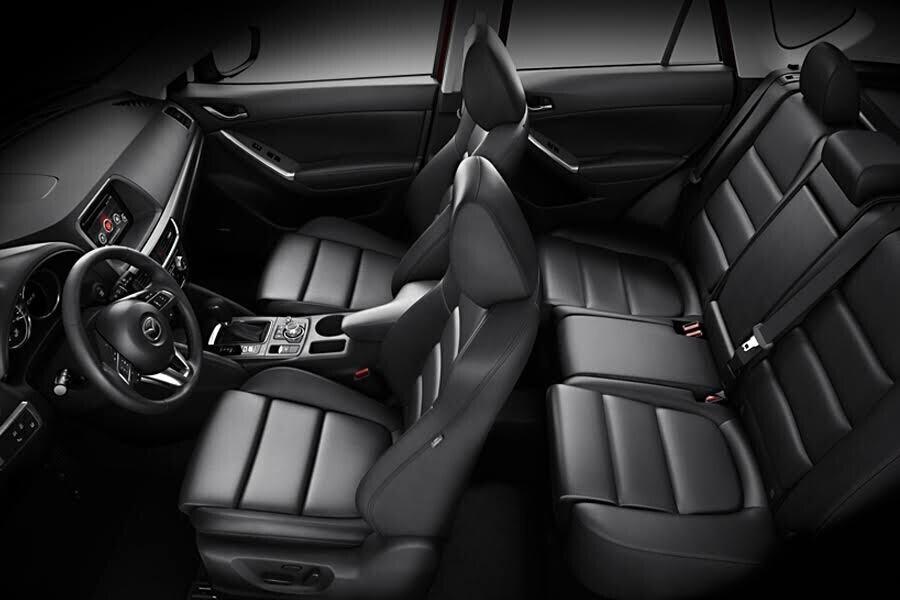 Nội thất Mazda CX-5 2.5L AWD 2018 - Hình 2