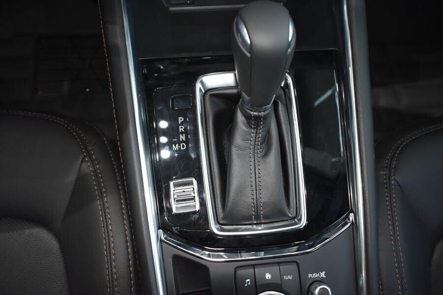 Nội thất Mazda CX-5 2.5L AWD 2018 - Hình 4