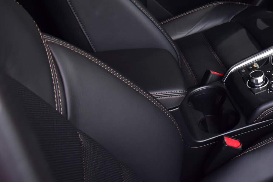 Nội thất Mazda CX-5 Premium - Hình 9