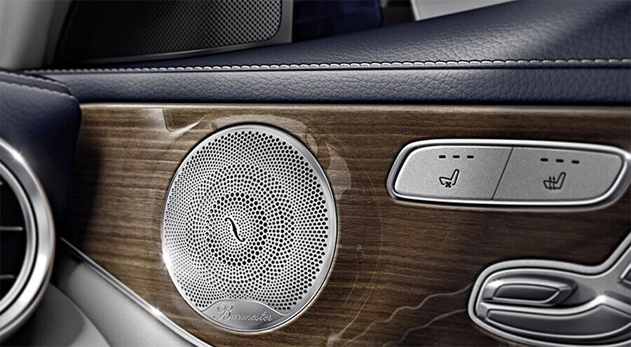noi-that-mercedes-benz-c250-exclusive-11.jpg