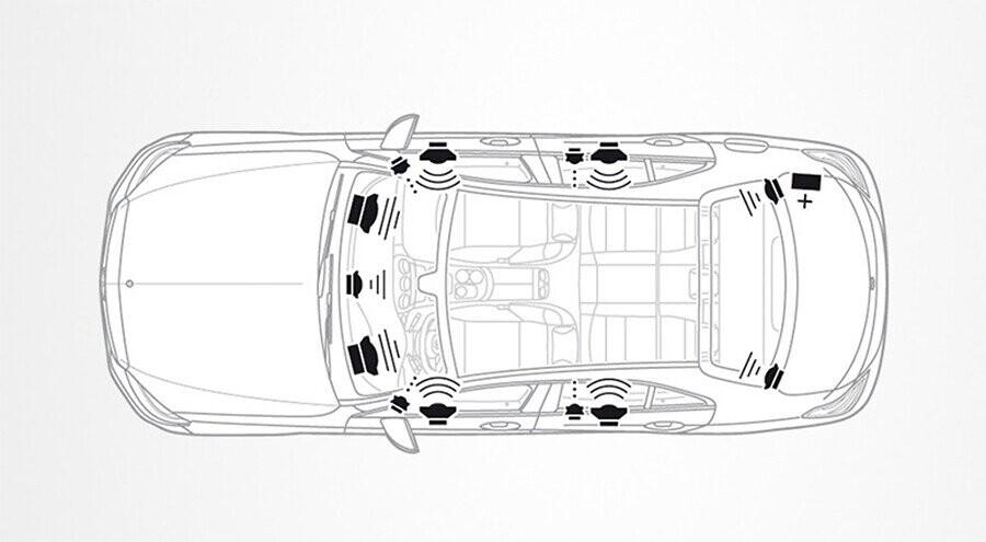 noi-that-mercedes-benz-c250-exclusive-13.jpg