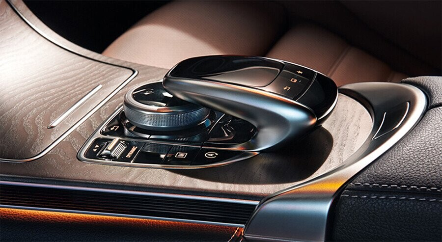 noi-that-mercedes-benz-glc-300-4matic-coupe-04.jpg