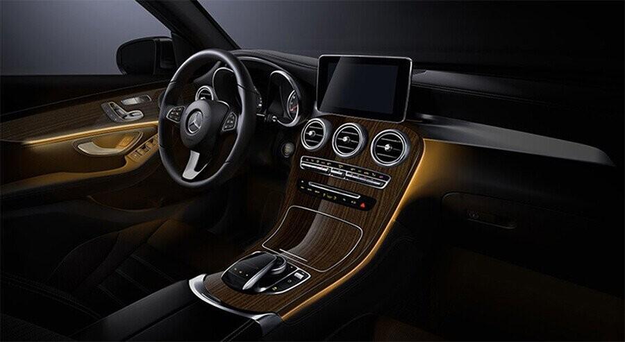 noi-that-mercedes-benz-glc-300-4matic-coupe-07.jpg