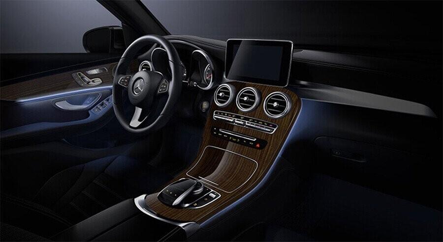 noi-that-mercedes-benz-glc-300-4matic-coupe-08.jpg