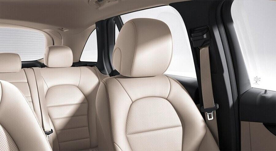 noi-that-mercedes-benz-glc-300-4matic-coupe-10.jpg