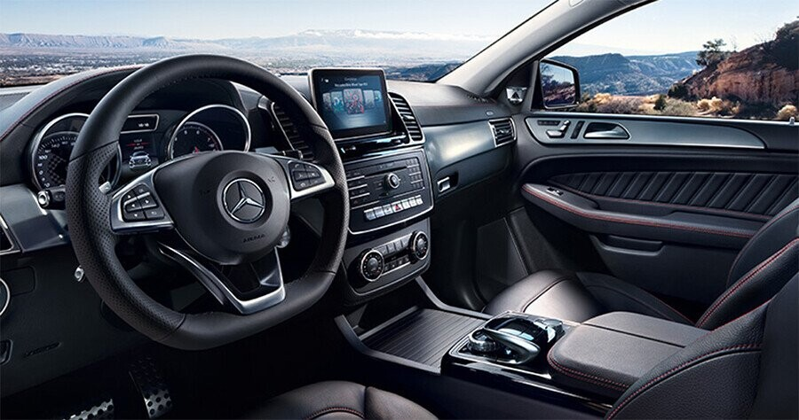 noi-that-mercedes-benz-gle-400-4matic-exclusive-01.jpg