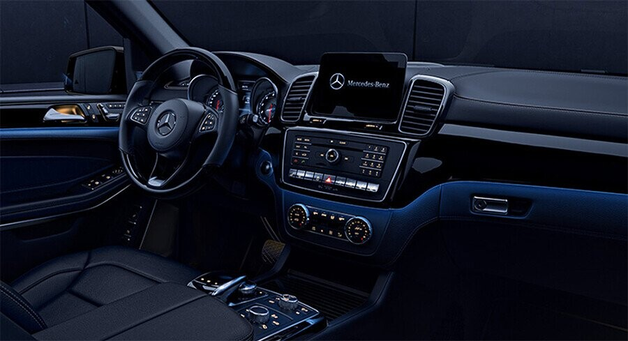 noi-that-mercedes-benz-gls-350d-4matic-03.jpg