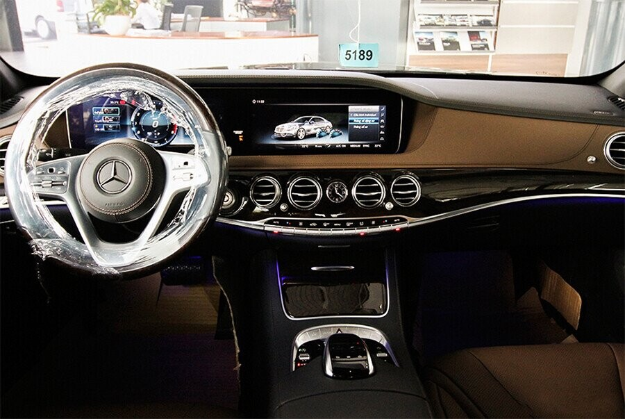 noi-that-mercedes-benz-s450l-luxury-01.jpg
