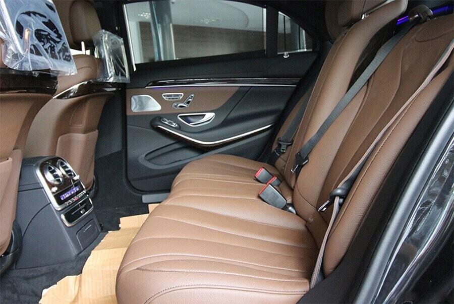 noi-that-mercedes-benz-s450l-luxury-03.jpg