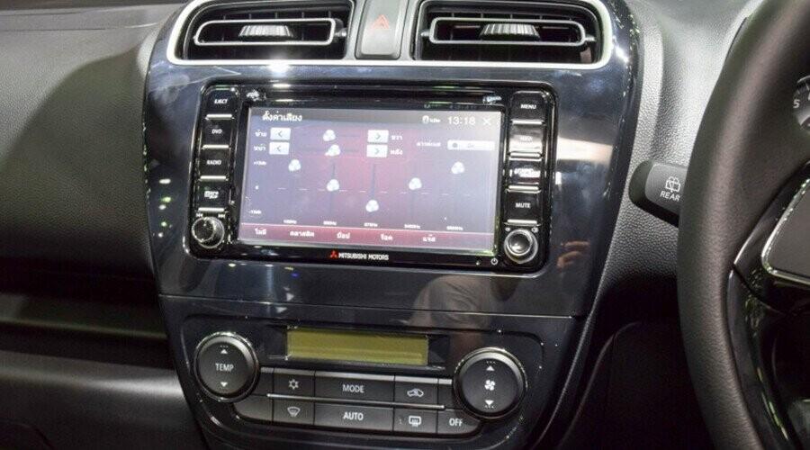 Hệ thống giải trí Mitsubishi Mirage
