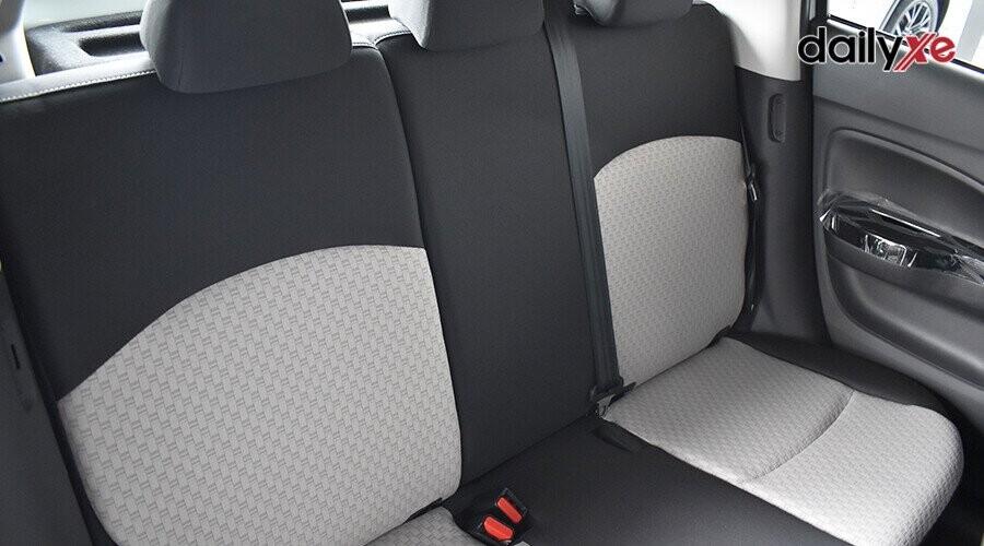 Hàng ghế sau có thể gập riêng biệt 60-40