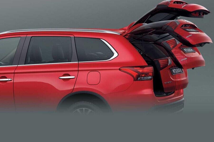 Nội thất Mitsubishi Outlander CVT 2.4 Premium CVT 2.4 Premium - Hình 7