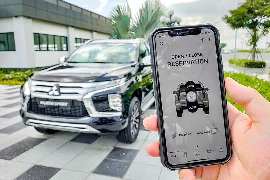 Mitsubishi Pajero Sport chính là ứng dụng điều khiển từ xa