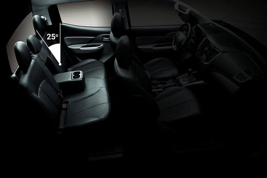 Độ nghiêng lưng ghế sau Mitsubishi Triton 4x2 MT
