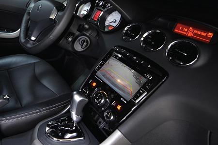 Thiết kế tối ưu mang lại sự thoải mái và tiện lợi cho cả người lái cũng như hành khách trên xe