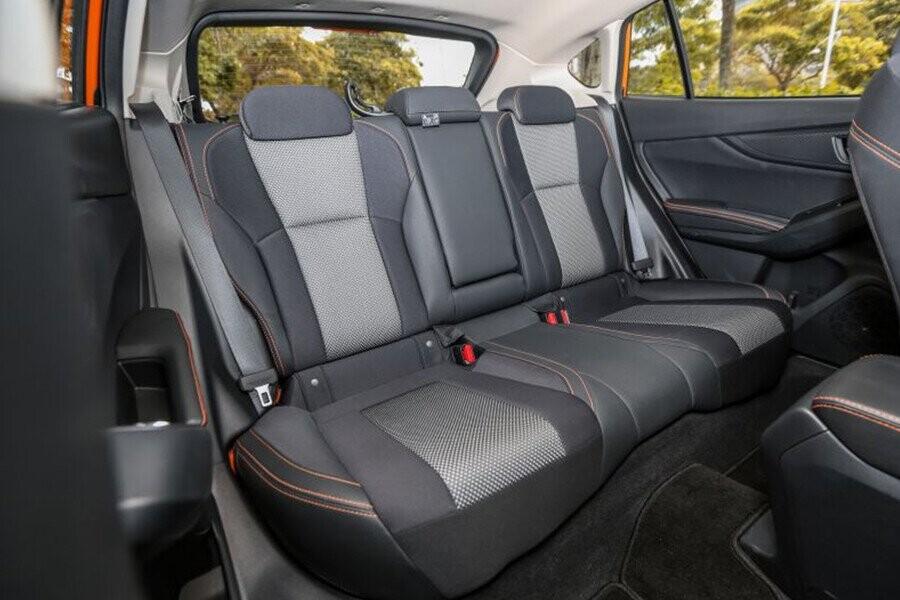 Hàng ghế sau có thể gập tăng diện tích khoang hành lý