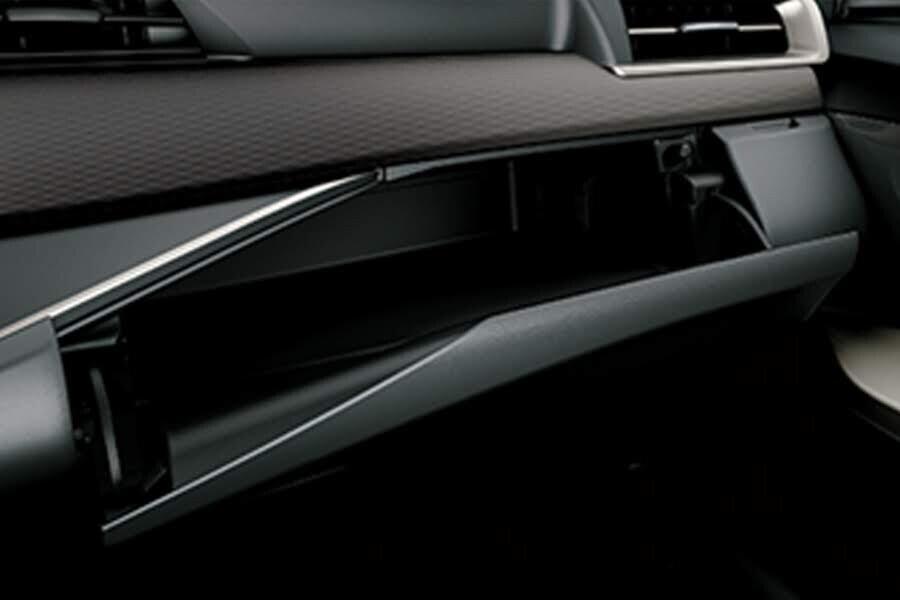 Nội thất Toyota Innova 2018 2.0E - Hình 7