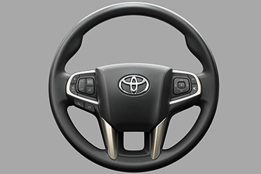 Nội thất Toyota Innova 2018 2.0G - Hình 3