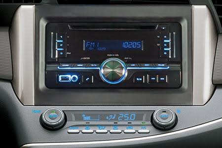 Nội thất Toyota Innova 2018 2.0G - Hình 4