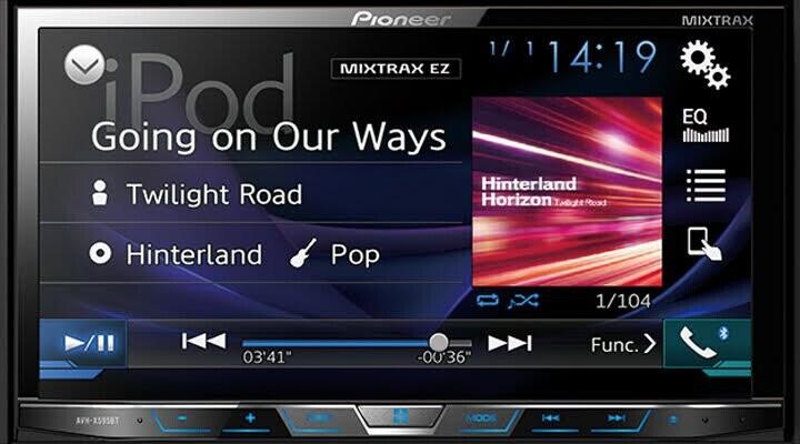 Hệ thống âm thanh được trang bị đầu CD 1 đĩa, tích hợp AM/FM, có thể phát nhạc dưới các định dạng MP3/WMA/AAC