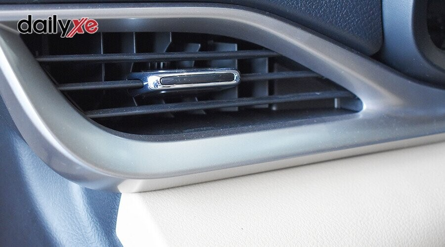 Cửa gió điều hòa hàng ghế tài