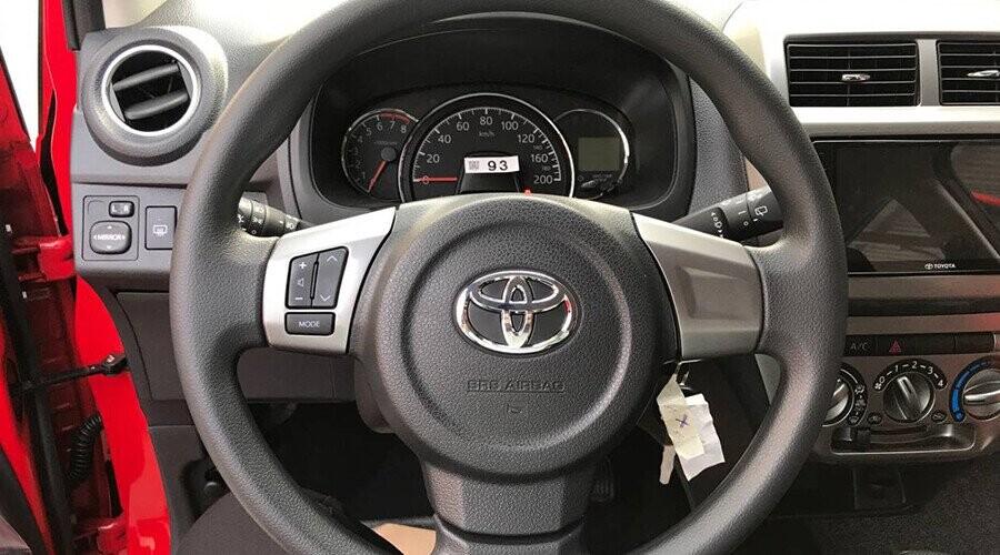 Tay lái Toyota Wigo