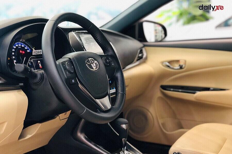 Tay lái của xe Yaris mới được thiết kế sang trọng