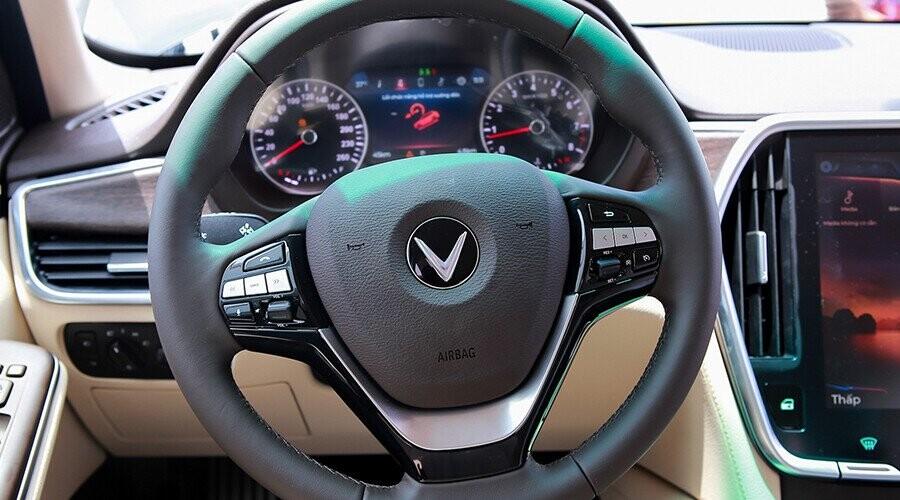 Tay lái Lux SA2.0 bọc da cao cấp tích hợp nút bấm