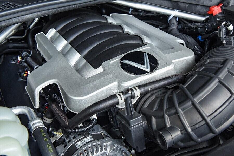Khối động cơ V8 dung tích 6.2 lít