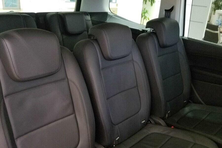 """Toàn bộ ghế ngồi trên xe điều được bọc da """"Vienna"""" tạo sự thoải mái"""