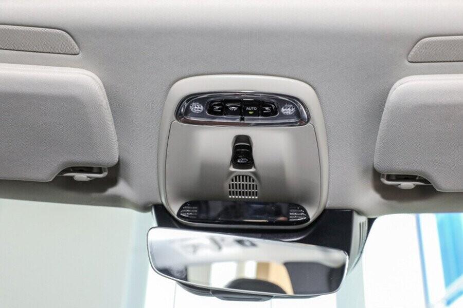 Trang bị gương chiếu hậu trong xe chống chói tự động