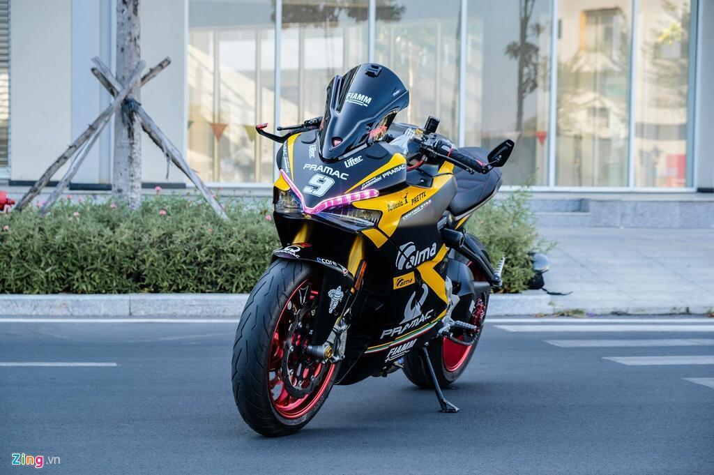 Nu biker TP.HCM chi 150 trieu de lot xac Ducati SuperSport S hinh anh 1 DSCF1591_zing.jpg