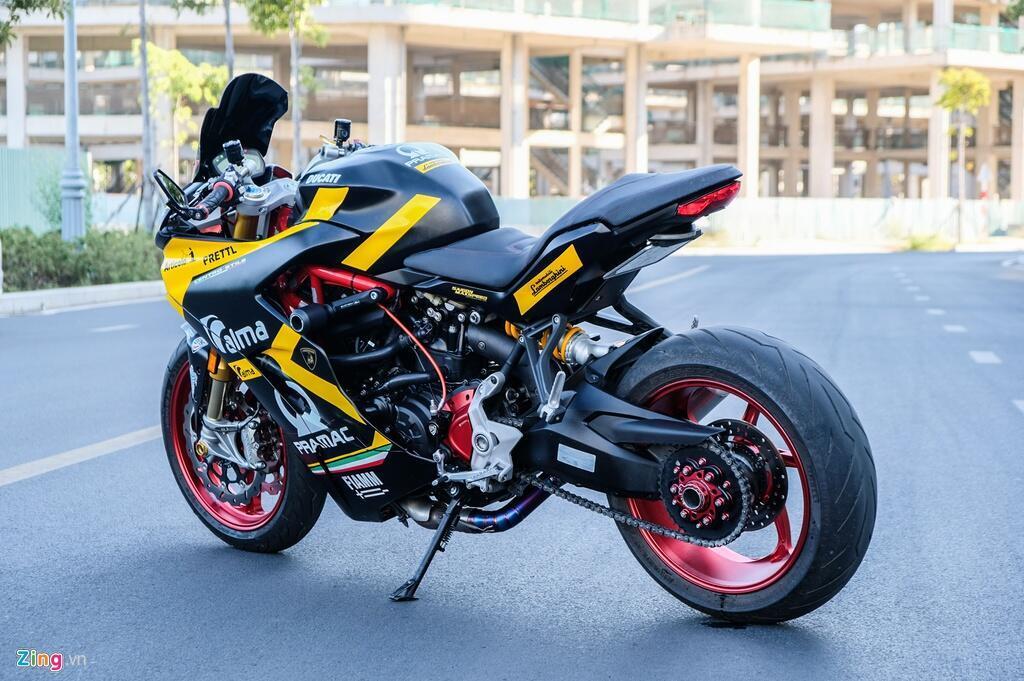 Nu biker TP.HCM chi 150 trieu de lot xac Ducati SuperSport S hinh anh 3 DSCF1596_zing.jpg