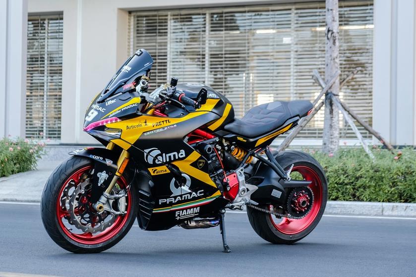 Nu biker TP.HCM chi 150 trieu de lot xac Ducati SuperSport S hinh anh 17 DSCF1594_zing.jpg