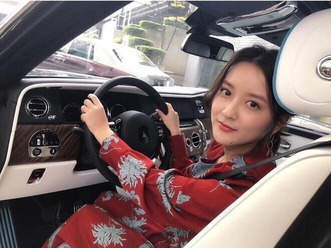 nu-tai-xe-taxi-nhat-ban-doi-doi-sau-khi-noi-tieng-tren-mang