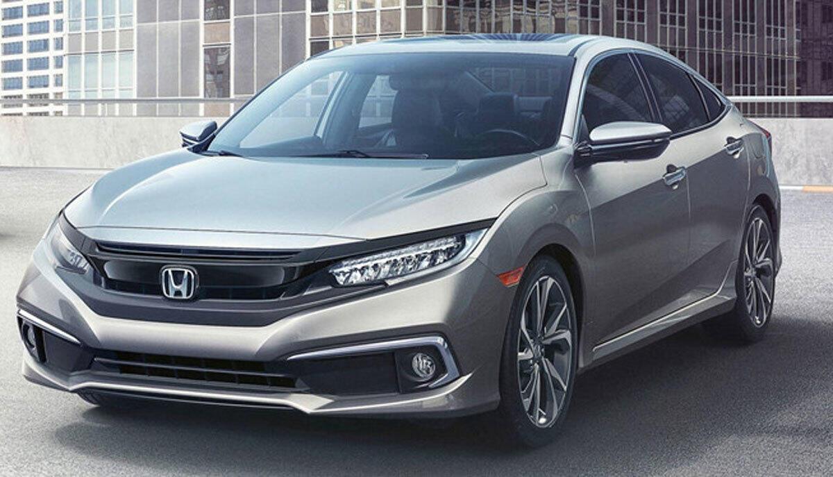 Honda Civic được giảm giá mạnh.