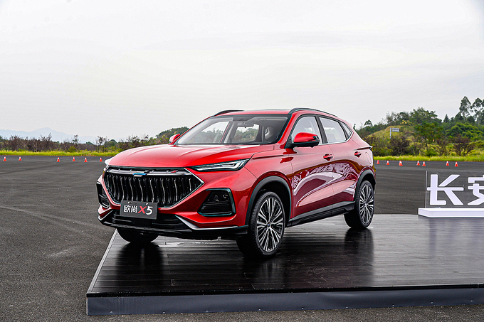 oshan-x5---crossover-trung-quoc