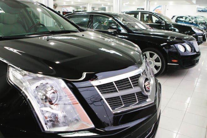Ôtô cũ hạng sang: Bán tống bán tháo, dỡ showroom vì thua lỗ - Hình 2