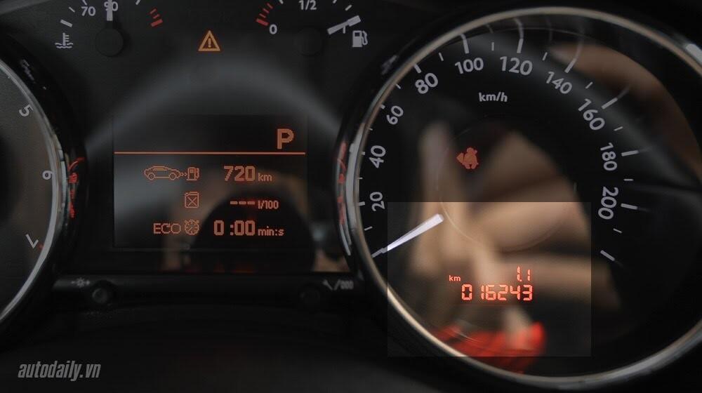 Peugeot 3008 đi 100km hết 6,5L xăng - Hình 6