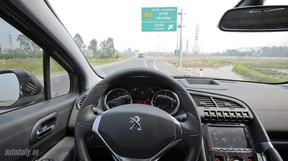 Peugeot 3008 đi 100km hết 6,5L xăng - Hình 8