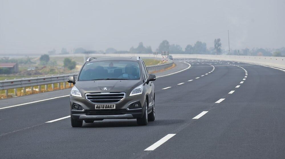 Peugeot 3008 đi 100km hết 6,5L xăng - Hình 9