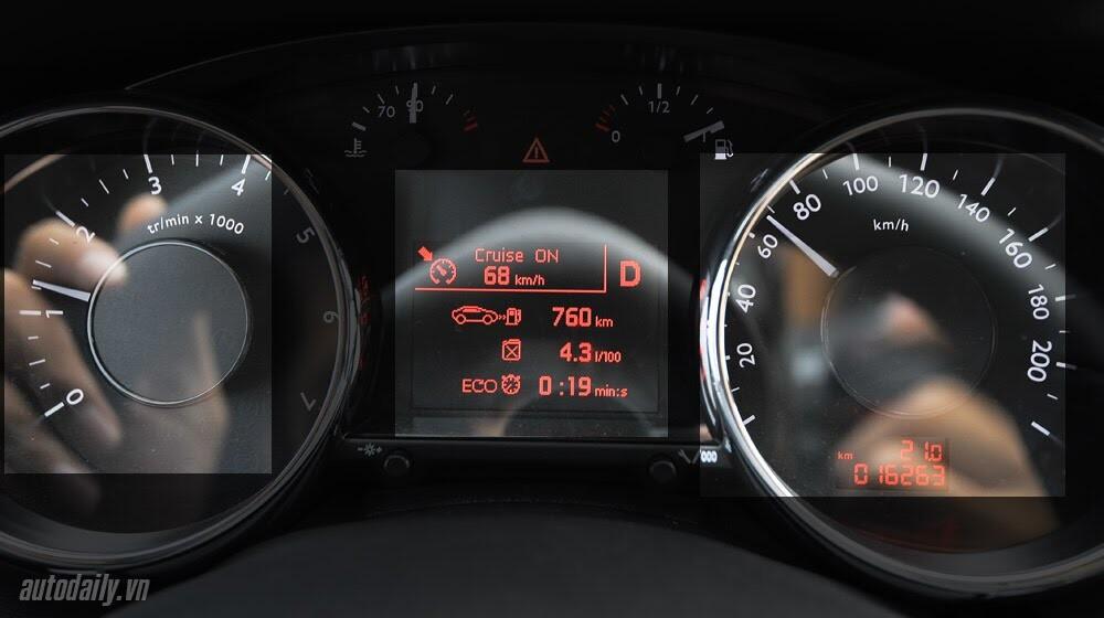 Peugeot 3008 đi 100km hết 6,5L xăng - Hình 10