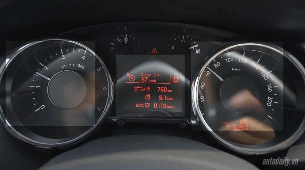 Peugeot 3008 đi 100km hết 6,5L xăng - Hình 11