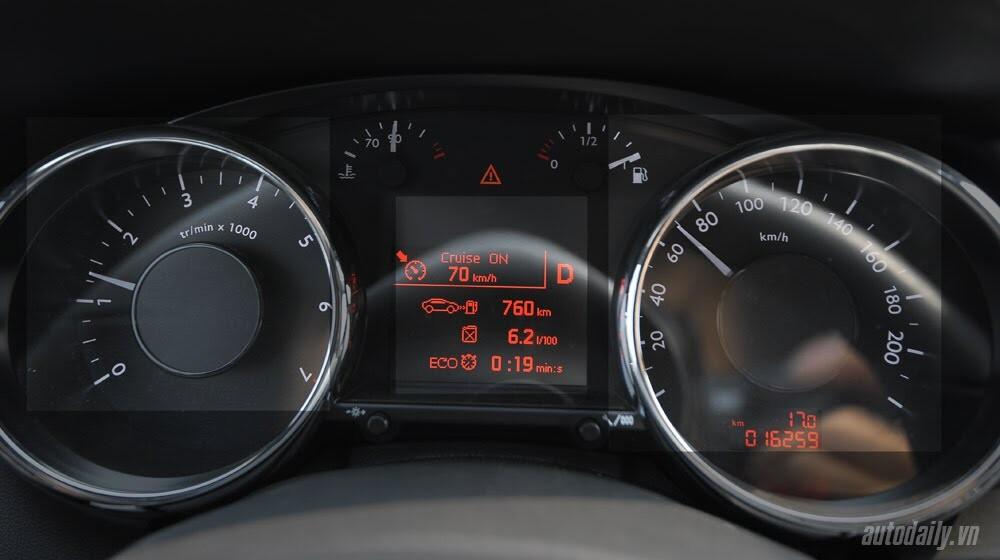 Peugeot 3008 đi 100km hết 6,5L xăng - Hình 12