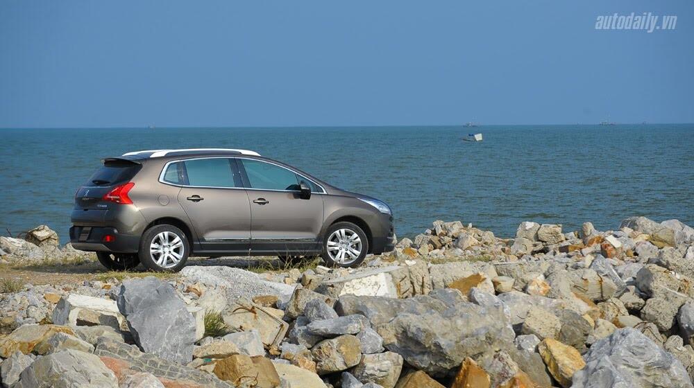 Peugeot 3008 đi 100km hết 6,5L xăng - Hình 16