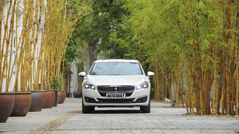 """Peugeot 508 – Chất lượng """"ngoại"""", giá """"nội"""" - Hình 2"""