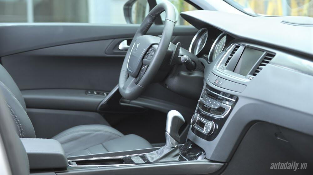 """Peugeot 508 – Chất lượng """"ngoại"""", giá """"nội"""" - Hình 7"""