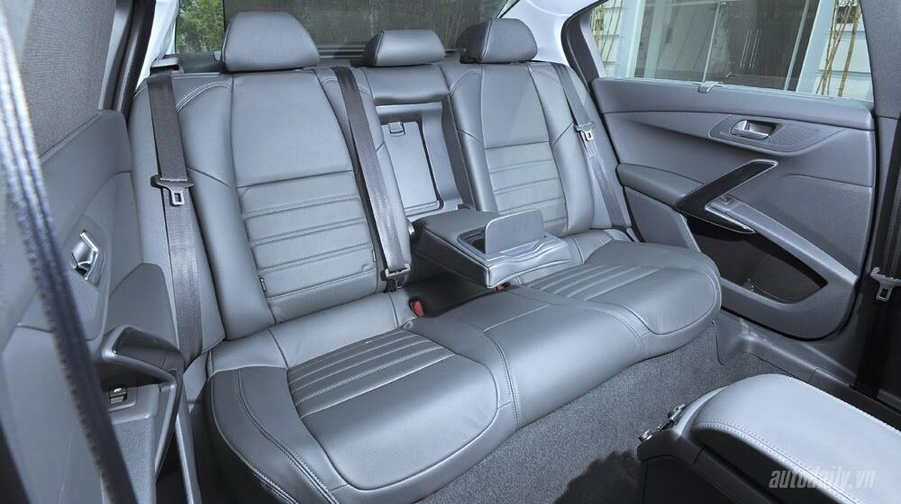 """Peugeot 508 – Chất lượng """"ngoại"""", giá """"nội"""" - Hình 9"""